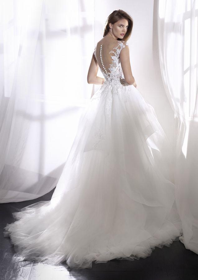 Le spose di Mary Luino, abiti da sposo, sposa, cerimonia, accessori